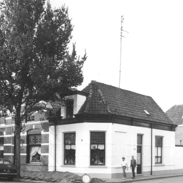 Groenestraat thv huisnr. 60 (1981) bron: Historisch Centrum Overijssel