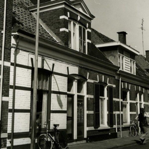 Blokstraat huisnr. 30/32 (1974) bron: Historisch Centrum Overijssel