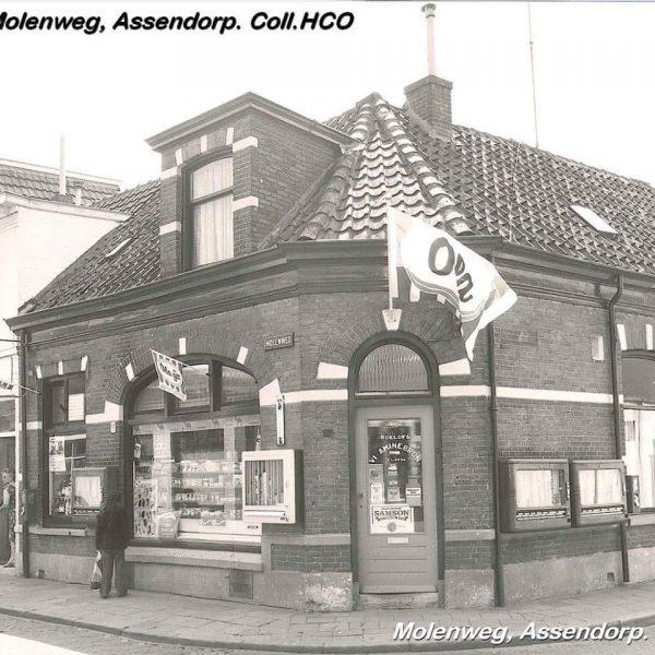 Hoek Groenestraat/Molenweg Zuivelwinkel van Roelofs